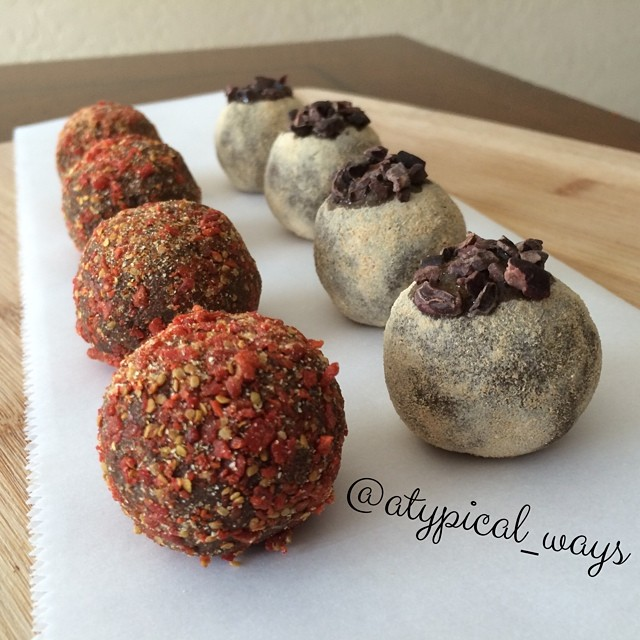 Maca & Goji Chocolate Avocado PROTEIN Truffles!