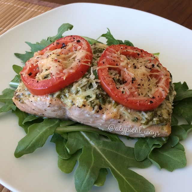 Basil & Parmesan baked Salmon fillet. Super quick & easy. Done in less than 25 minutes from start to finish. 340cal/10carb/19fat/33pro