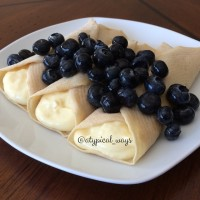 Blueberries & Cream Protein Crepes with only 310cal/28carb/5fat/37pro!