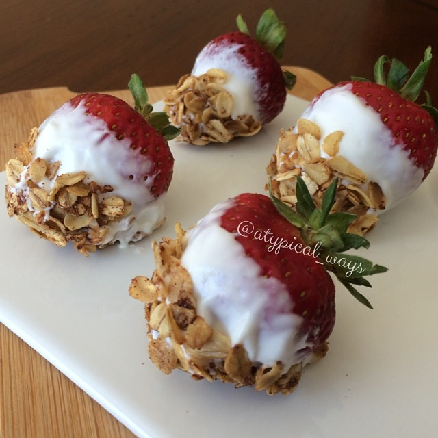 Yogurt dipped Strawberries rolled in toasted Cinnamon & Vanilla Oats