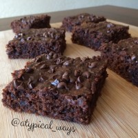 Cakey Double Chocolate Brownies with only 5tbsp's of flour & no beans!