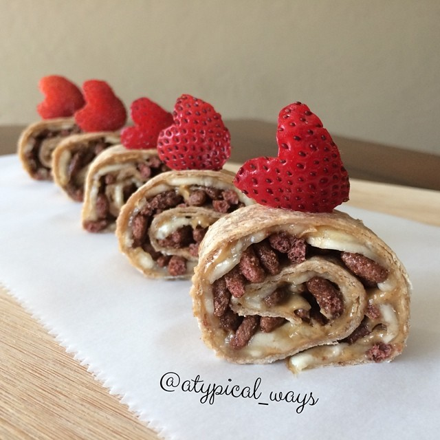 Peanut Butter, Banana & Cocoa Krispies Roll-ups!