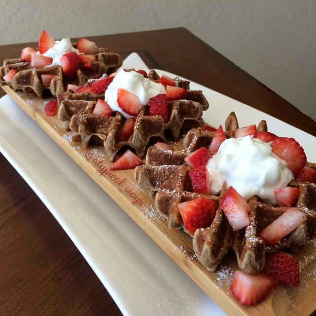 Strawberries & Cream Protein Waffles - 330cal/35carb/6fat/36pro