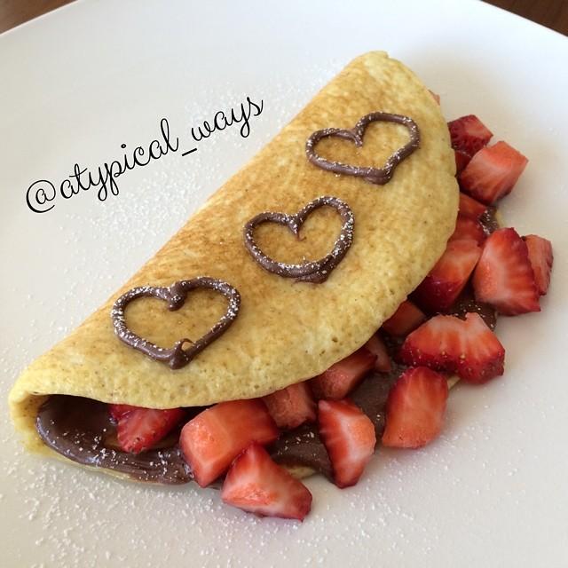 Nutella & Strawberry 'Sweet' Omelette!